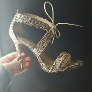 Pour La Victoire shannna marble snake size 6